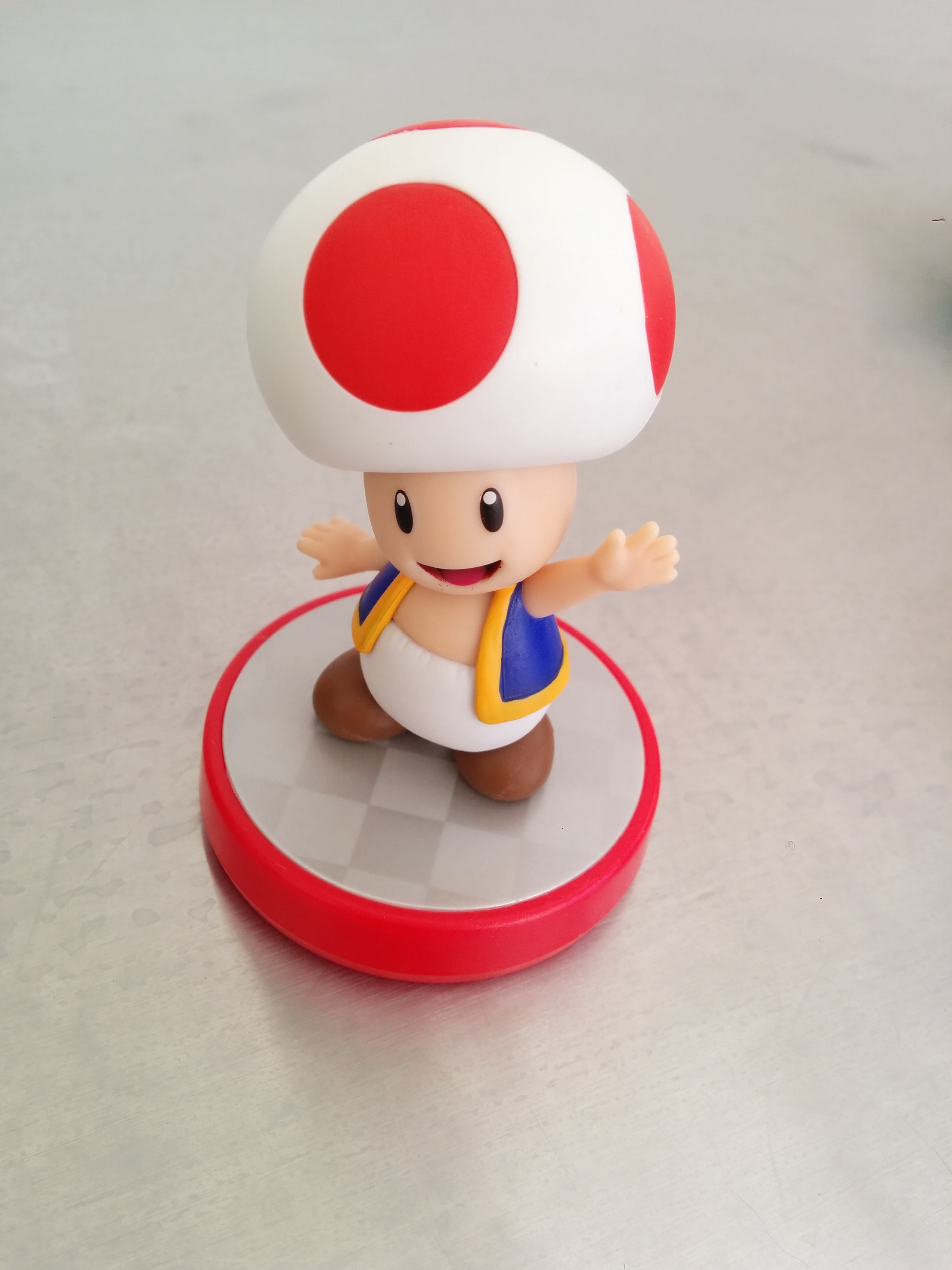 Ars Technica's own Sam Machkovech bought a Toad Amiibo as soon as he could. What? Stop judging him. He's a grown-up. He can own whatever toys he wants.