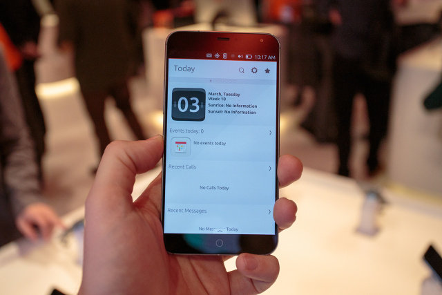 Mark Shuttleworth's Meizu MX4 Ubuntu phone