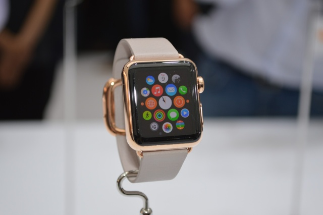 Gold Apple Watch Edition comes with a buying experience worthy of