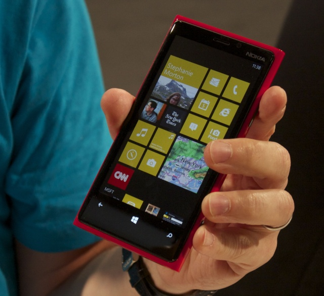 Phones going all the way back to the Lumia 920 will soon be able to install Windows 10 preview builds.