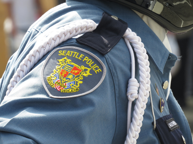 Cops hire pesky programmer who bugged Seattle for more transparency