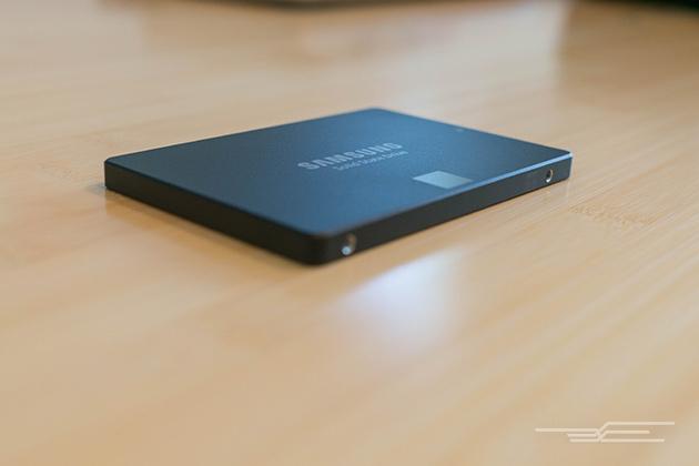 Image is loading Apple-MacBook-Pro-i7-2-2Ghz-8GB-Samsung-