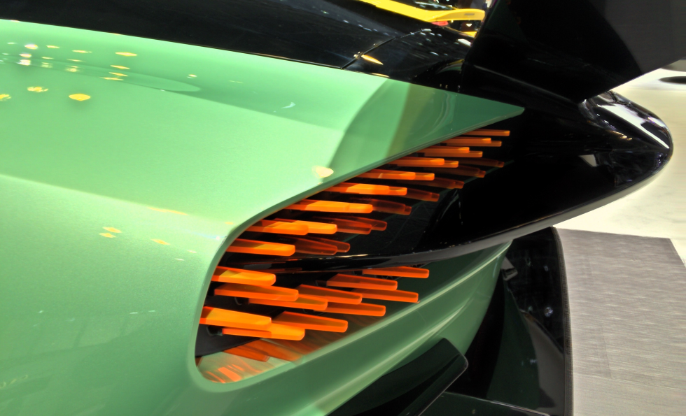 Aston Martin Vulcan Tail Lights Poisk Po Kartinkam Red