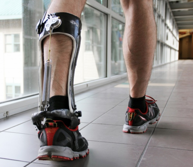 An unpowered exoskeleton decreases the energy required for walking