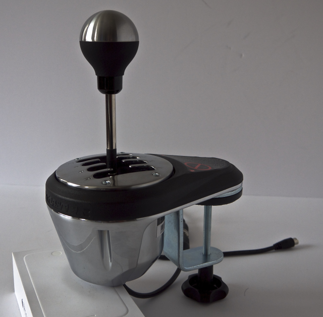 Shifting gears with Thrustmaster's wheel add-ons | Ars Technica