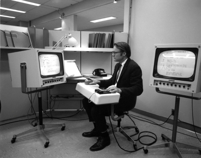 William English, Engelbart's lead engineer, testing the first mouse.