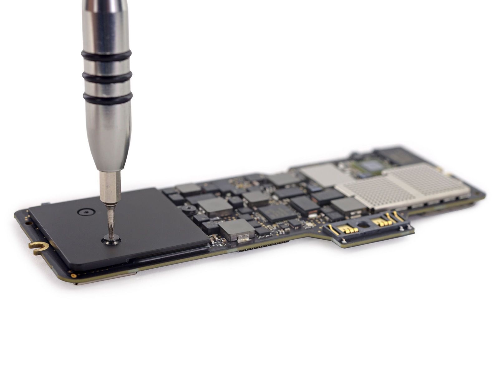 Surprise Ifixit Says You Cant Do Much To Fix Or Upgrade The 2015 Money Concept Circuit Board With State Bank Enlarge Has Torn Apart New Macbookthis Is Logic In Its Entirety