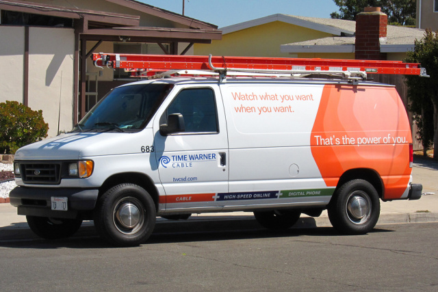 Google Fiber plans expansion, then TWC makes speeds six times faster