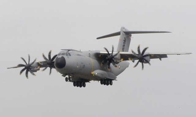 A protoype of the Airbus A400M at the 2010 Farnborough Airshow.
