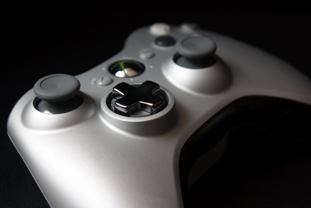 Ubisoft drops Xbox 360 and PS3 development, reports a healthy profit