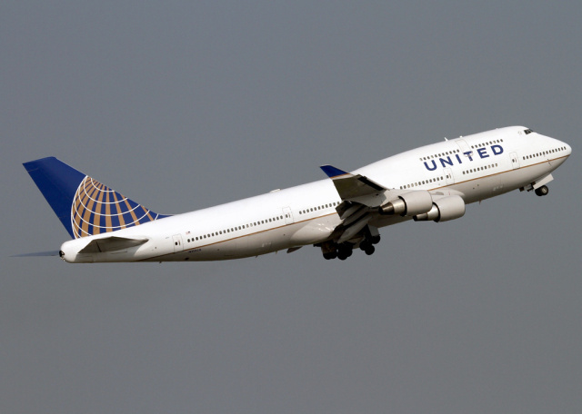 "FBI: researcher admitted to hacking plane in-flight, causing it to ""climb"""