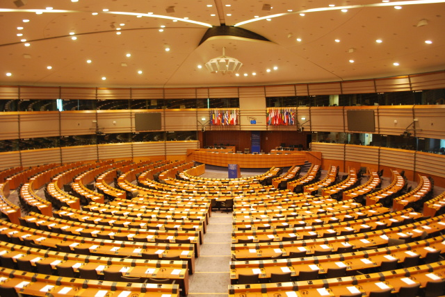 """Dirty last-minute deal"" sees ISDS accepted by key European Parliament committee"