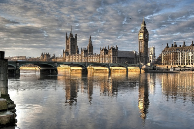 Investigatory Powers Bill is a big risk to UK tech sector, parliament warns