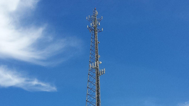 Warrants not required for police to get your cell phone cell-site records