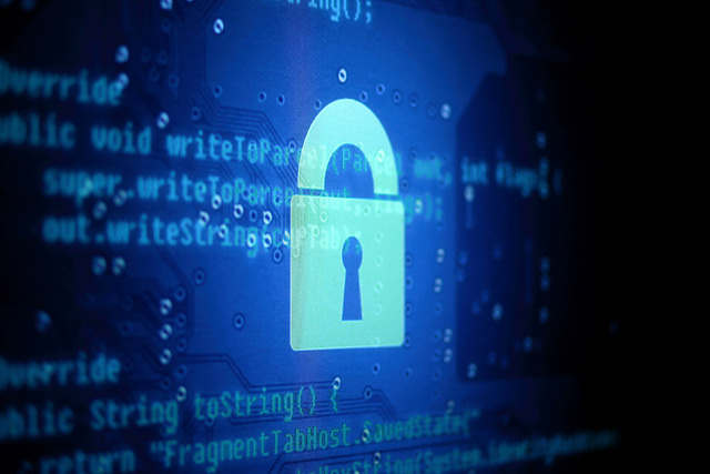 """Tech sector tells Obama encryption backdoors """"undermine human rights"""""""