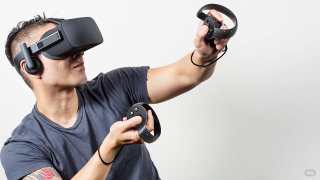 Oculus Rift and Touch bundle is on sale for $399