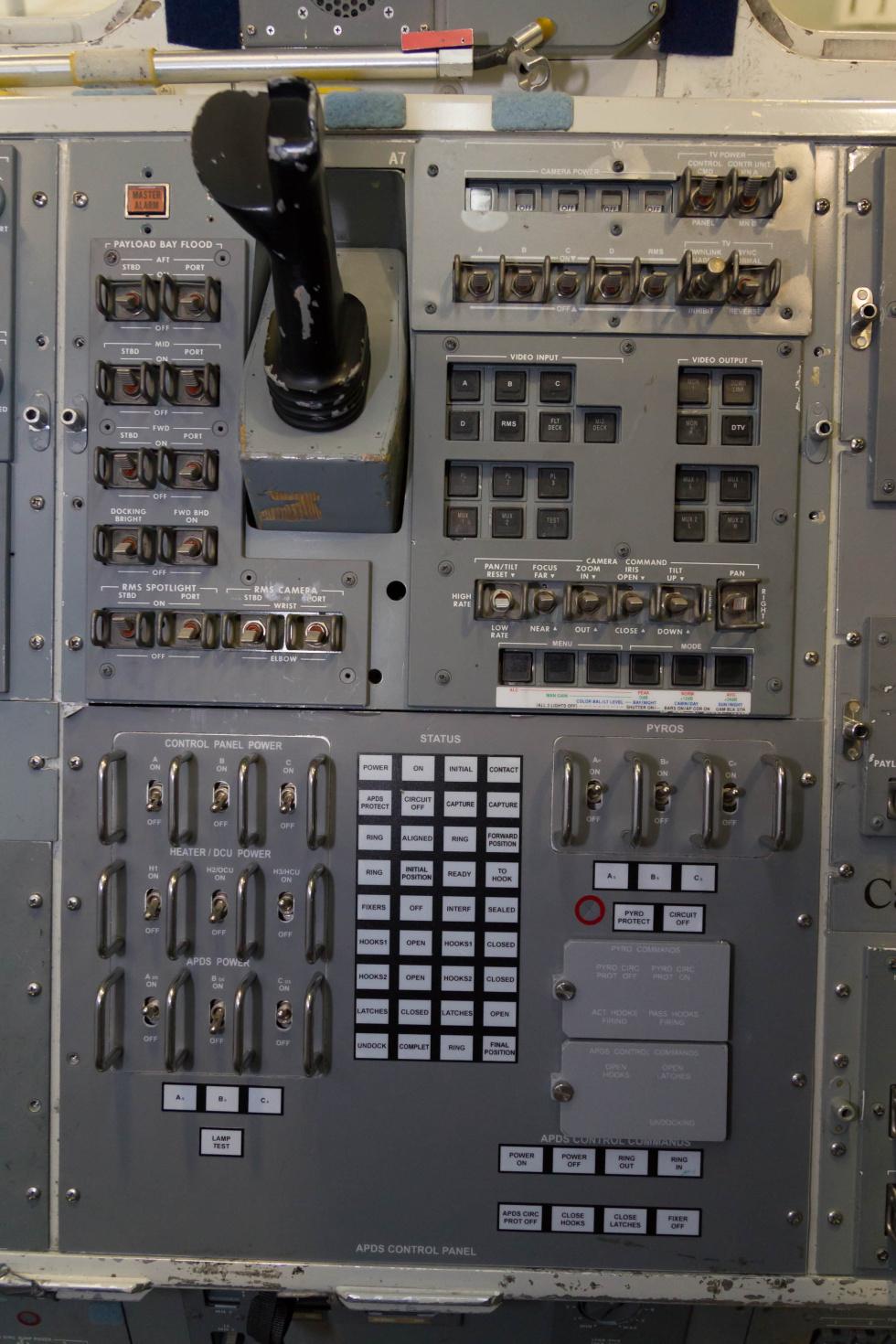 space shuttle cockpit trainer - photo #37