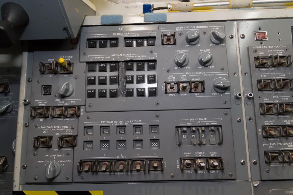 space shuttle cockpit trainer - photo #29
