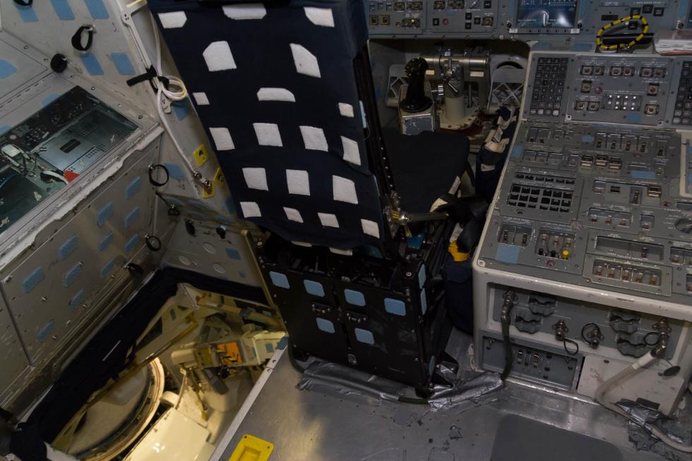 space shuttle cockpit trainer - photo #39