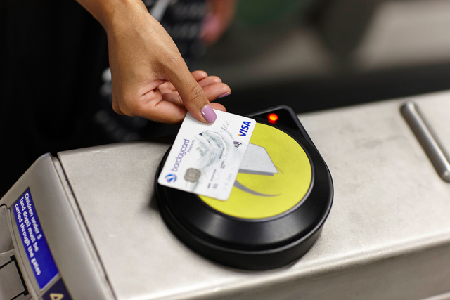 UK embraces contactless payments as cards surge ahead of cash for the first time