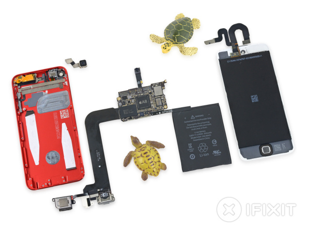 The fully exploded sixth-generation iPod Touch.