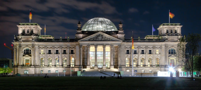 "Germany's top prosecutor fired over Netzpolitik ""treason"" probe"