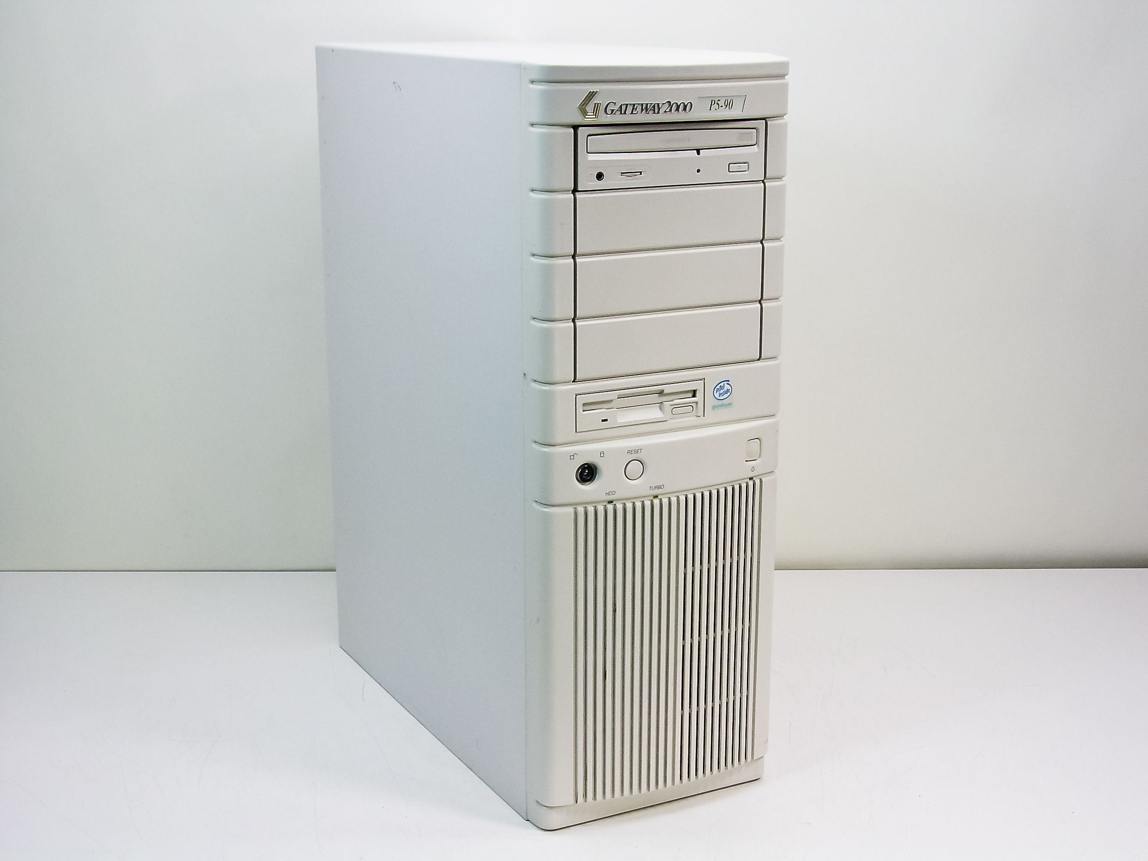 My Gateway 2000 tower looked identical to this one—except for the model number, of course.