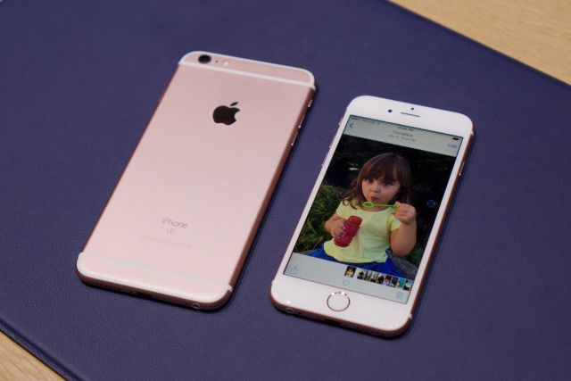1c90851f2 Apple s iPhone Upgrade Program vs. the big four carriers  payment plans