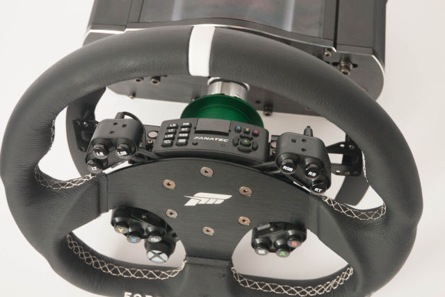 Getting to grips with the latest Xbox One steering wheels