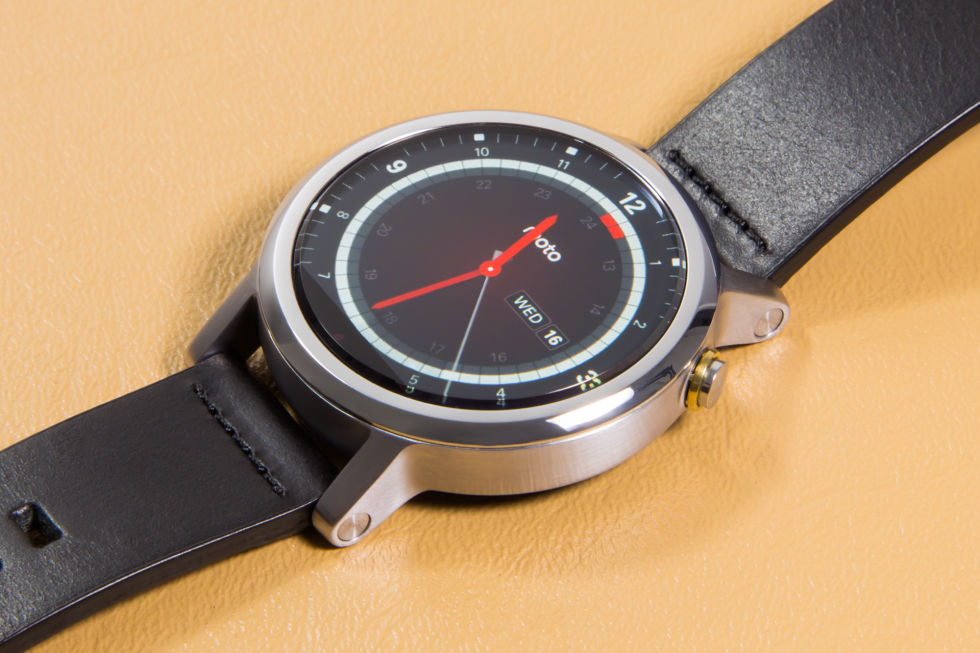 The 2nd Generation Moto 360.