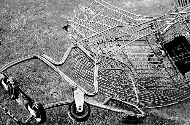 "Trolling company schooled by Newegg over ""shopping cart"" patent sues its own attorneys"