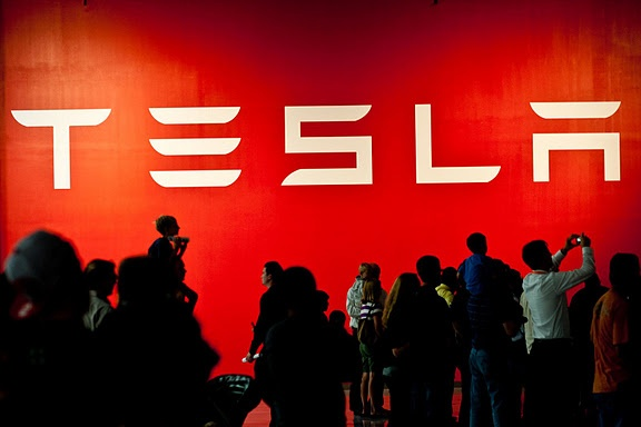 Tesla shares drop after Consumer Reports raises reliability questions