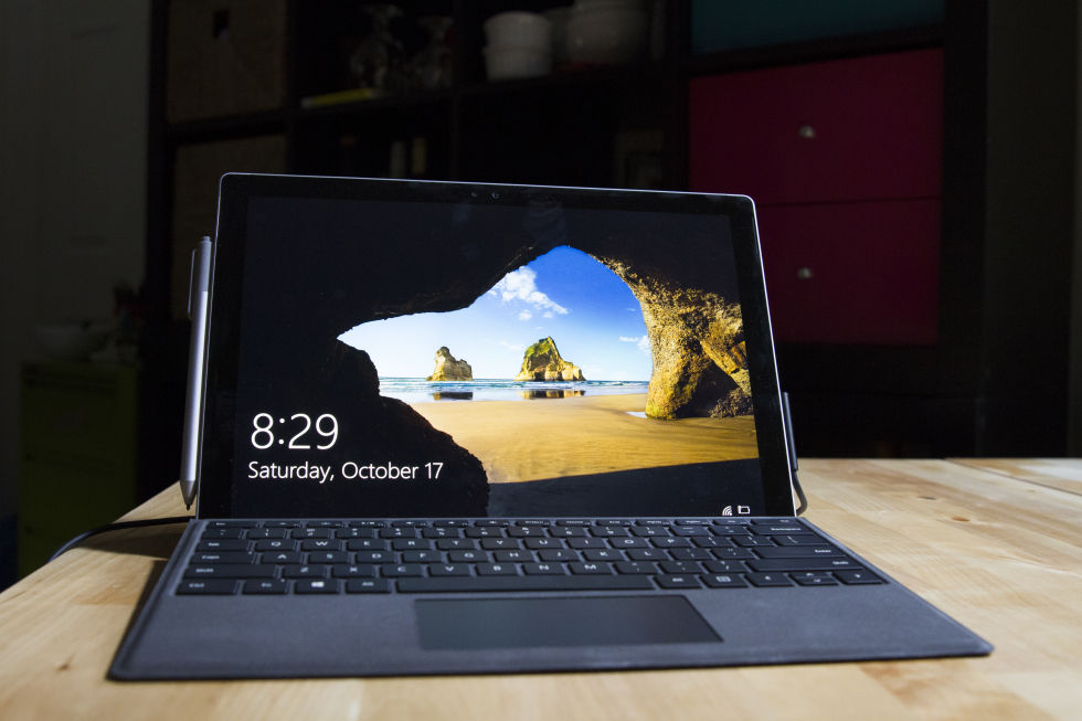 At first glance, it's easy to mistake the Surface Pro 4 for the Surface Pro 3.