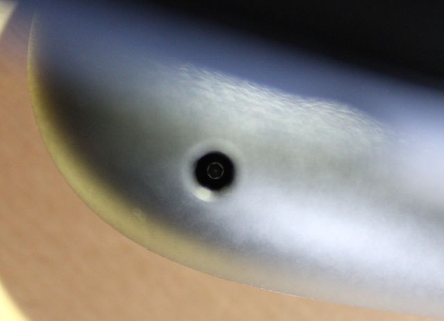 The Steam Controller's apparent Torx screws.