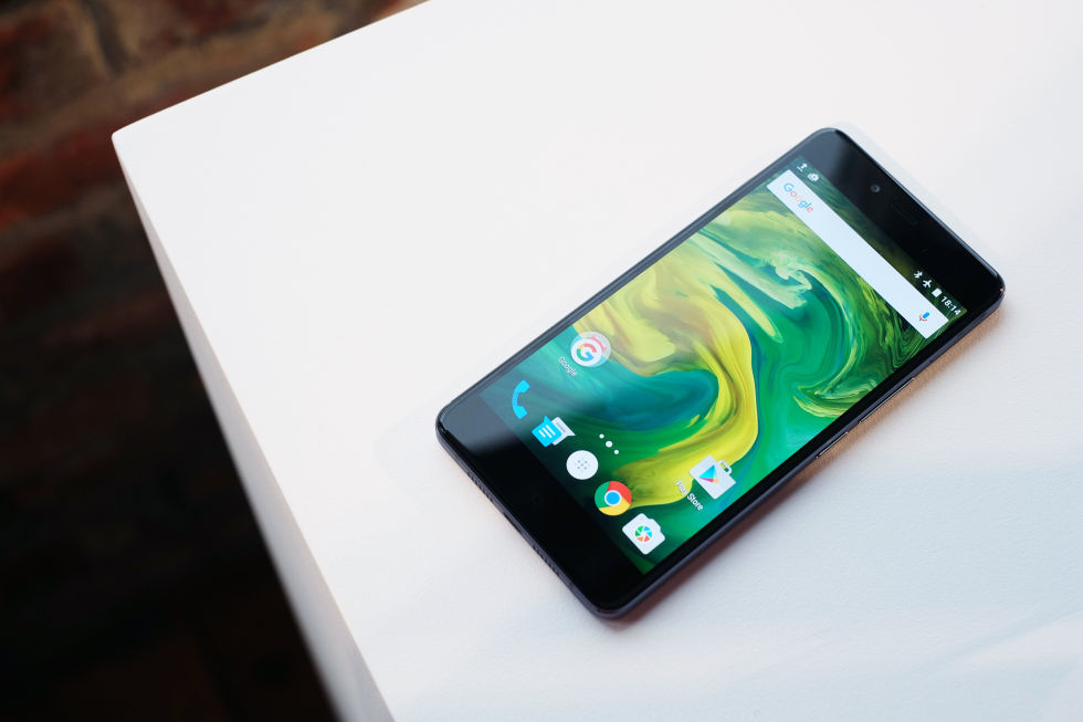 OnePlus X hands-on: A whole lot of phone for just $249