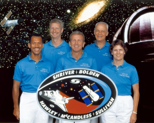 Bolden, far left, and Sullivan, far right, were crew mates on the mission that launched the Hubble Space Telescope.