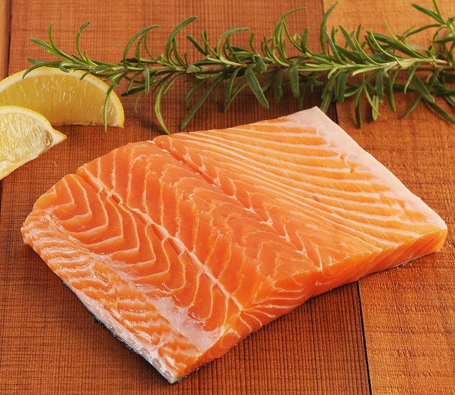 FDA approves first GM food animal—Atlantic salmon