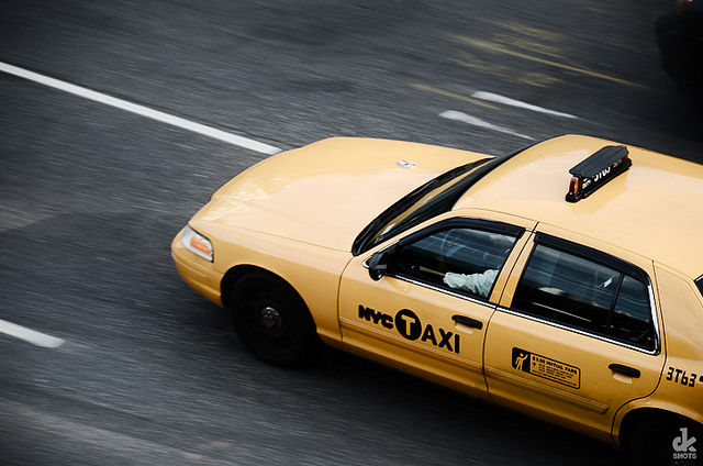 Cab medallion owners sue NYC, blame Uber for ruining business