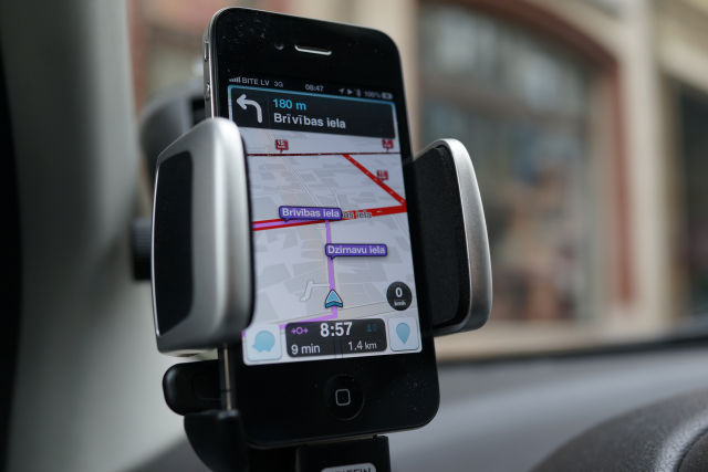 Judge, siding with Google, refuses to shut down Waze in wake of alleged theft