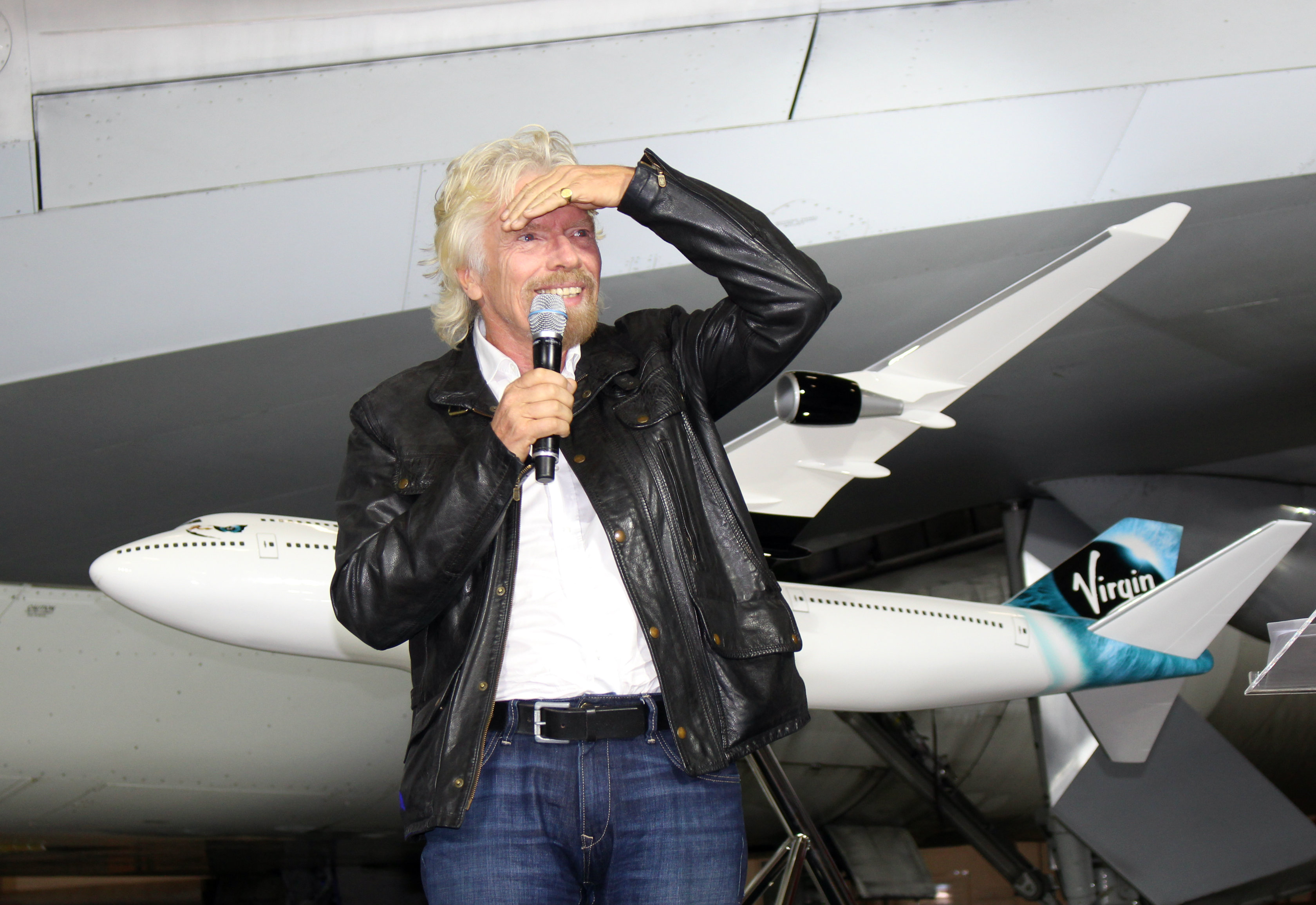 Is Virgin Galactic's future so bright that Sir Richard Branson has to wear shades?