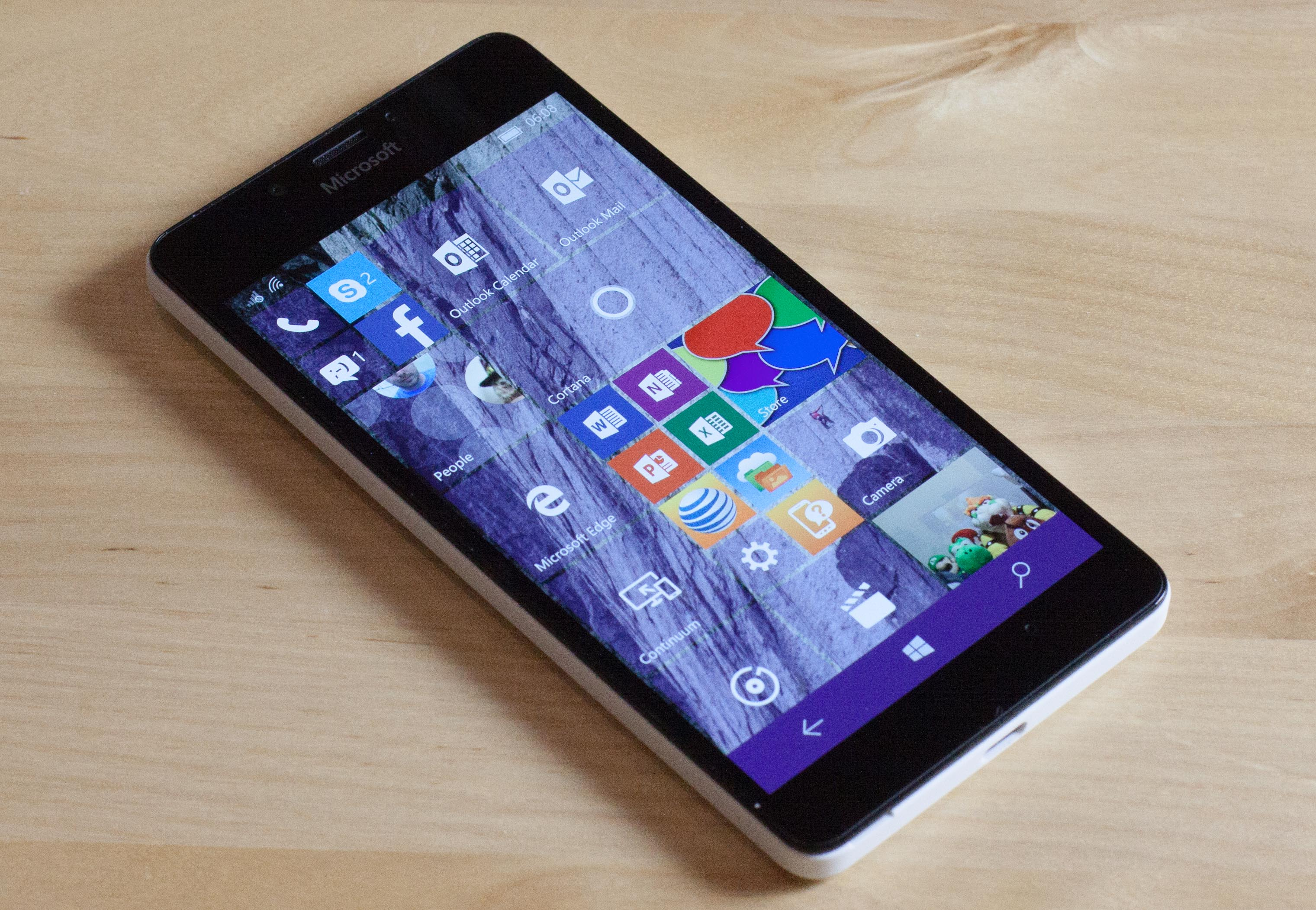 Windows 10 phones at t 2015 - Enlarge new lumias are still the only place you can get official support for windows 10 mobile