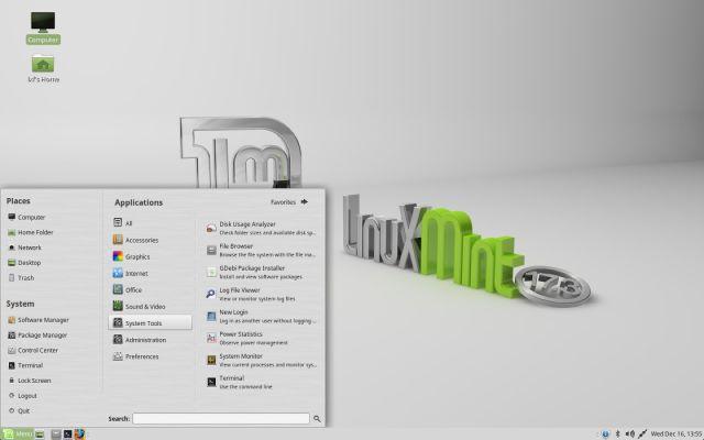 The default Linux Mint 17.3 MATE desktop.