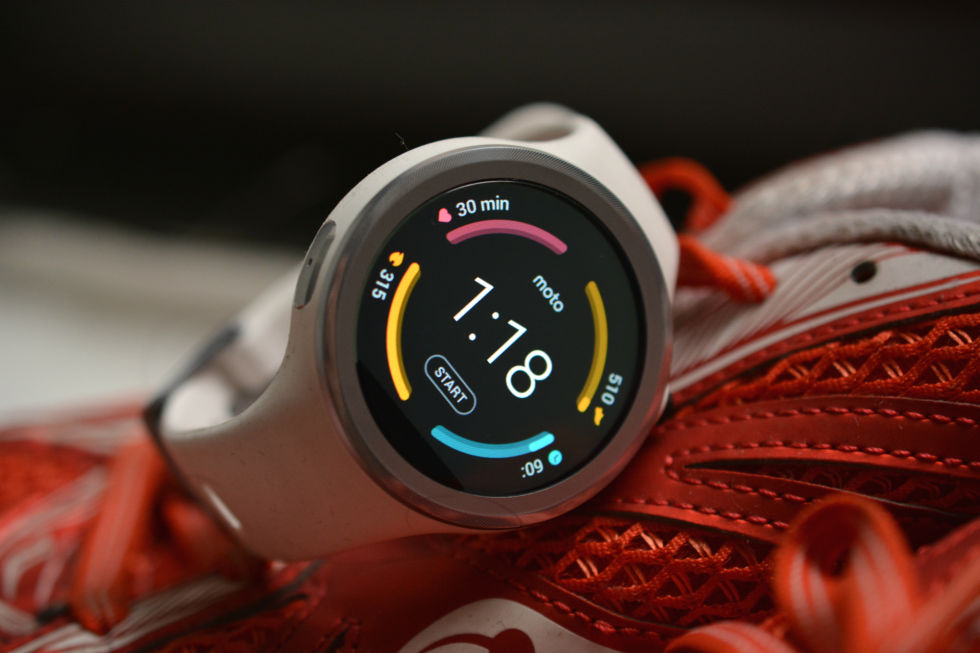 The Moto 360 Sport reviewed: Good, but not enough fitness to be worth it