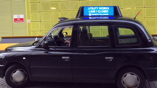 London black cabs now broadcast real-time traffic warnings