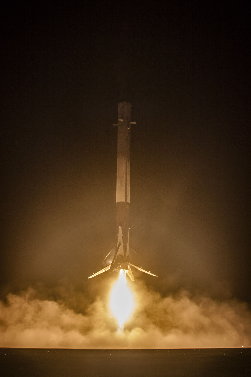 space vehicle falcon 9 - photo #39