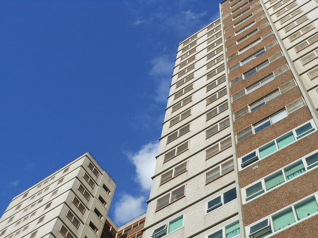 Living on a top floor may bottom out chance of surviving cardiac arrest