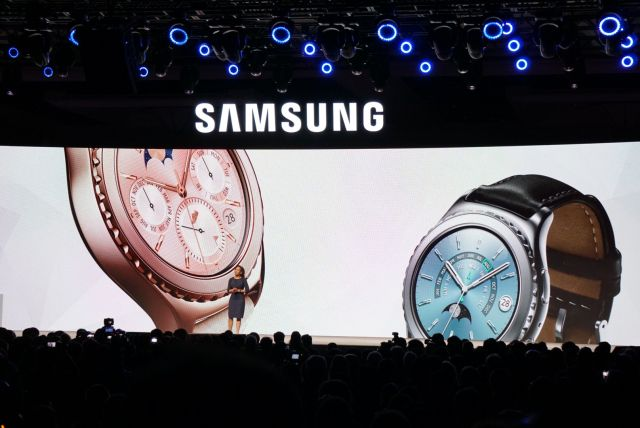 Samsung reveals luxury Gear S2 Classics, brings iOS support to smartwatch line