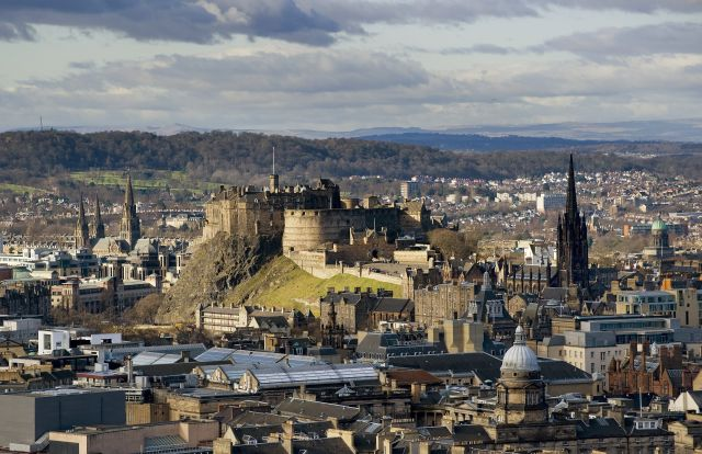 "Edinburgh is upgrading its CCTV cameras: ""They're as clear as TV in your own home"""