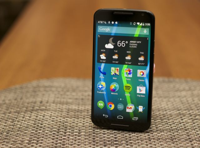 The 2014 Moto X, a good phone that was dropped before its time.