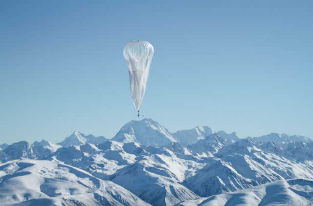 Google tells the FCC its secret airborne network is nothing to worry about